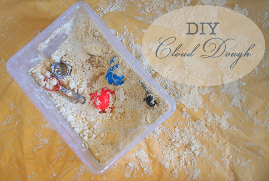 Mini Piccolini - DIY Cloud Dough for Toddlers