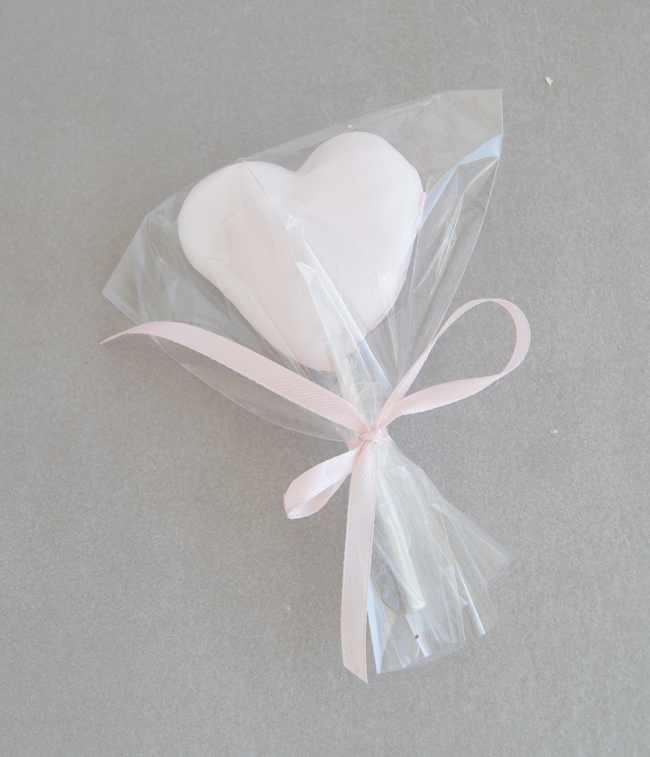Mini Piccolini | Meringue Heart Pops and Cake Toppers for Valentines Day
